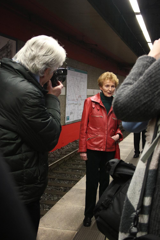 Im Rampenlicht der Presse: Sigrid Ahrlé